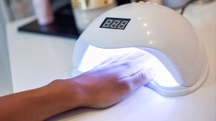 Regularização dos equipamentos emissores de luz ultravioleta